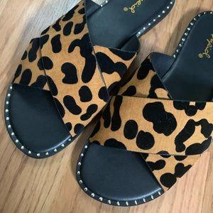 Brand new slide crisscross cheetah studded sandal